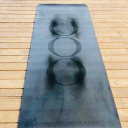 Marita & OOO pratar om OOO-yogamatta - Marita ger slutbety